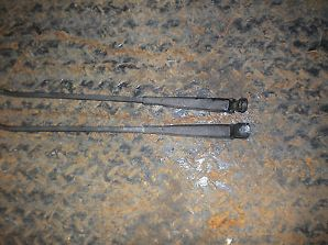peugeot 205 1.6 /1.9 gti wiper arm front pair x2